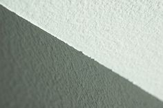 How to Paint a Perfect Ceiling Line