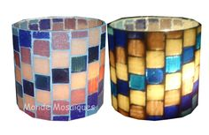 Monde Mosaïques. Fanal tubo                                                                                                                                                                                 Más Mosaic Bottles, Mosaic Glass, Stained Glass, Mosaic Projects, Diy Projects, Mosaic Rocks, Mosaic Flower Pots, Mosaic Artwork, Pebble Art