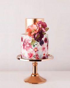 Bolo que é obra de arte.�� . ��Sotiria McDonald | �� Cake Ink . #casamento #casar #love #revistadecasamento #zankyou #zankyoubrasil #zankyouweddings #bolodecasamento #cake #weddingcake #weddingcakes #bolodecorado http://gelinshop.com/ipost/1516137023516224715/?code=BUKZpcNgKzL