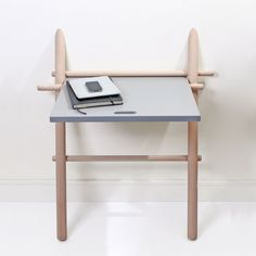 Appunto by Eno Studio is a foldable desk in solid beech wood, featuring a glaze on its tabletop, which gives it more flexibility of usage. Vintage Furniture Design, Small Furniture, Handmade Furniture, Wood Furniture, Furniture Ideas, Decoration Design, Deco Design, Wood Design, Wall Mounted Desk