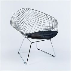 Bertoia - Diamond Chair Reproduction - Black Leather