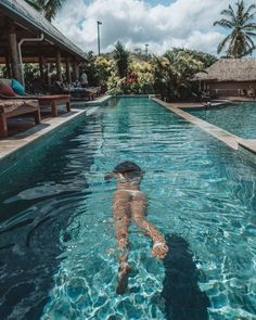Waking Up in Outrigger Beach Resort, Fiji – Travel Destinations Fiji Honeymoon, Honeymoon Destinations, Honeymoon Island, Fiji Beach, Beach Trip, Palm Beach, Fiji Travel, Mexico Travel, Spain Travel