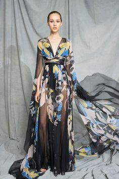 Zuhair Murad Resort 2019 Paris Fashion Show Collection: See the complete Zuhair Murad Resort 2019 Paris collection. Look 50