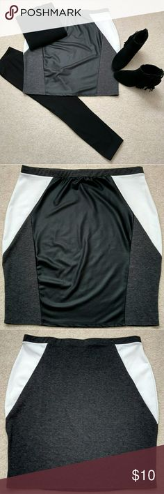 "On Trend...Super Cute Skirt! Waist: 39.5"" Length: approx. 24"" Color: black ivory charcoal Condition: Excellent​ Rue Skirts"
