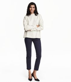 5-pocket pants in washed superstretch twill with a regular waist and straight, ankle-length legs.