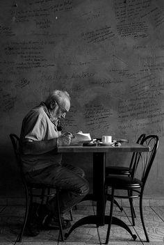 elorablue: Cafe by Nikkr89 on Flickr.