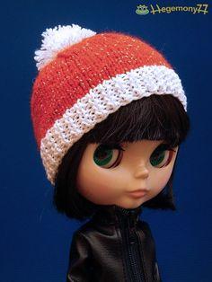 Blythe doll in Santa Claus hat