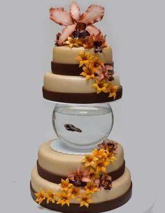 Un diseño perseguido, en esta presentación se hicieron lirios pequeños amarillos y orquídeas tonos terracota.