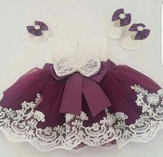 Baby crochet dress colour 55 ideas for 2019 Fashion Kids, Baby Girl Fashion, Little Girl Dresses, Girls Dresses, Flower Girl Dresses, Dress Girl, Party Frocks, Toddler Girl Style, Baby Gown