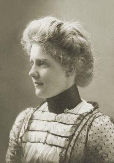 Gibson Girl - 1890s