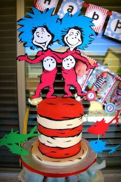 Great Cat in the Hat cake, Dr. Seuss Party