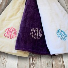 Monogrammed towel wraps by DesignWithinYou via Etsy - Perfect gifts for bridesmaids. #bridesmaidgifts. #bridalshower