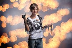 Runaway - studio shooting making of. Shot with Mark II handheld credits : model: DIANA ROSU photographer & cover photo by: MARI.