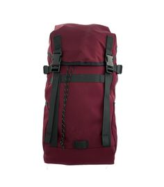 Daysack in Burgundy front on