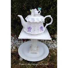 Teapot whimsy, birdbath, teapot bird feeder, yard art, garden totem,... ($45) via Polyvore featuring home, outdoors, outdoor decor, home decor, etsy, teapot, garden bird bath, garden bird feeders, outdoor garden decor and whimsical garden decor