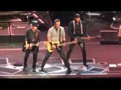 Bruce Springsteen My love Will Not Let You Down -  Leeds 2013