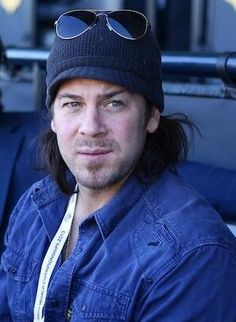 Christian Kane pic from 50 to 1 Christian Kane, Beautiful Blue Eyes, Beautiful Men, Chris Kane, Secondhand Lions, Into The West, Young Celebrities, Jeremy Renner, Hot Actors