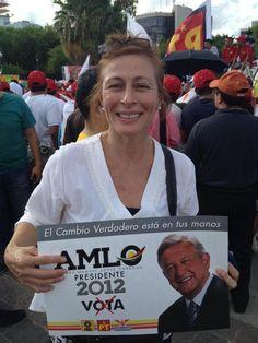 En Monterrey Tatiana Clouthier apoyando a AMLO