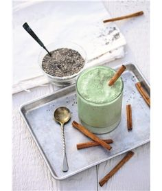 Healthy Chai Smoothie made with Hawaiian Spirulina. Recipe credit: Julie Morris | Nutrex Hawaii