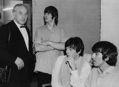 A rare occasion when Harry Taylor appeared in one of his own photos, as daughter Sandra grabbed this shot of him in The Beatles' dressing room with Ringo, Paul and George at the Gaumont on 2 August 1964 Beatles Photos, The Beatles, Harry Taylor, Tumblr Me, My First Crush, The Fab Four, Yellow Submarine, Most Beautiful Man, Paul Mccartney
