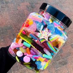Cute Food, Yummy Food, Candy Board, Sleepover Food, Junk Food Snacks, Sour Candy, Best Candy, Candy Gifts, Candy Store