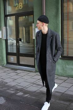 89 Cool Modest Winter Outfits For Men Street Style # Modest Winter Outfits, Winter Outfits Men, Classy Outfits, Look Fashion, Urban Fashion, Mens Fashion, Street Fashion, Fashion Black, Fashion Styles