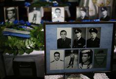 """Παραδόθηκαν και επίσημα τα οστά των πεσόντων του """"Φαέθων"""" στην Ελληνική Δημοκρατία"""
