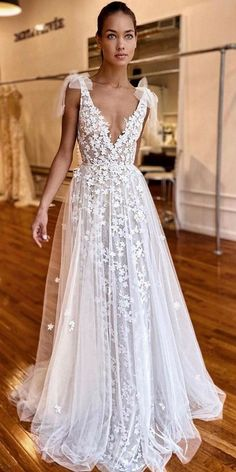 Hottest Berta Wedding Dresses 2020 - Source by janasimon - Cute Wedding Dress, Dream Wedding Dresses, Boho Wedding, Bridal Dresses, Wedding Gowns, Prom Dresses, Boohoo Wedding Dress, Wedding Dress Tumblr, Unusual Wedding Dresses