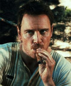 Michael Fassbender in Slow West - one of my favorite movies he's in. Michael Fassbender, Matthew Gray Gubler, Colin Firth, James Mcavoy, Jake Gyllenhaal, Ryan Gosling, Man Smoking, Cigar Smoking, Pipe Smoking