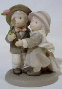 KIM ANDERSON PRETTY AS A PICTURE® FIGURINE - BLOOMING WITH LOVE by moonhawk