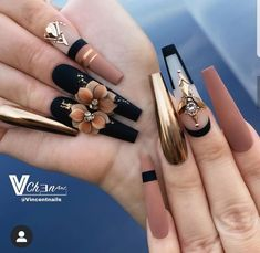 Bling Acrylic Nails, Best Acrylic Nails, Bling Nails, Stiletto Nails, Glitter Nails, Coffin Nails, Gel Nails, Cute Acrylic Nail Designs, Beautiful Nail Designs