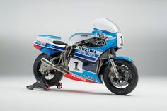 RocketGarage Cafe Racer: Suzuki XR69