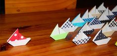 Barcos de papel Origami, Triangle, Logos, Fan, Paper Boats, Beautiful Things, The Creation, Paper Envelopes, Projects