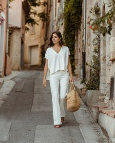 What I wear at the end of summer End Of Summer, Summer Looks, Casual Summer Outfits, Chic Outfits, Espadrilles Outfit, Looks Chic, Layering Outfits, Street Style Summer, Minimalist Fashion