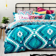 Teen Girl Bedrooms incredibly extra-ordinary suggestion 3536395118 - Amazing teen girl room examples for that satisfying girl area. College Bedding Sets, Teal Bedding Sets, Teen Bedding, Girl Dorm Decor, Diy Room Decor For Teens, Bedroom Decor, Bedroom Ideas, Teen Girl Bedrooms, Girl Rooms