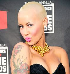 HERES AMBER ROSE GIVING DAX SHEPARD AND CONAN ORGY ADVICE http://ift.tt/2a4T43v
