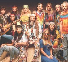 images of hippies in the Paz Hippie, Moda Hippie, Hippie Style, Looks Hippie, Hippie Peace, Hippie Love, Hippie Vibes, Hippie Vintage, 1960s Fashion