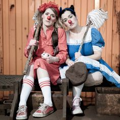 Of Mice and Morro and Jasp Female Clown, Sister Love, Clowns, Mice, Harajuku, Style, Fashion, Swag, Moda
