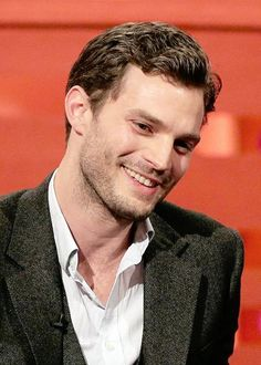When he smiles, it makes me smile. | instagram: @everythingjamiedornan & twitter: @everything_jd