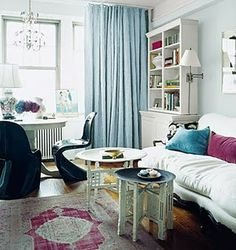 So pink! Patterns to brighten a room Rashida Jones NYC studio apartment - floorplan sketch & pics from domino magazine - on website :) Home . Room Rugs, Rugs In Living Room, Home And Living, Living Room Designs, Living Room Decor, Living Spaces, Dining Room, Small Living, Dining Chairs