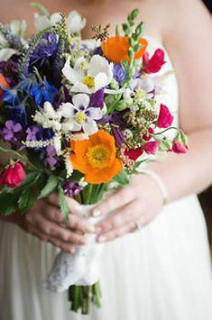 The beauty of seasonal wedding flowers