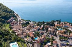 Hotel Bisesti - Garda: information, traveller reviews and rating, photos, map, great offers and best deals in Hotel Bisesti - Garda and Lake Garda.