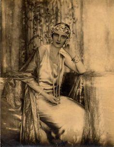 "rococo-girls-shrine: "" romanov-corner: "" Irina Alexandrovna Youssoupova, circa 1924. "" She is utterly beautiful """