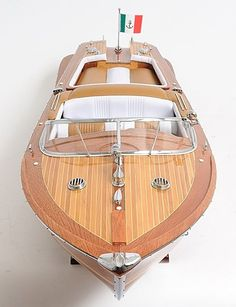 Riva, the sexiest boat in the world. But of course it is Italian.
