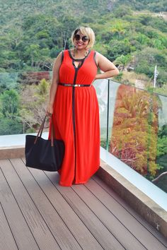 Love this maxi! Get it here: http://rstyle.me/n/wv7v27wd