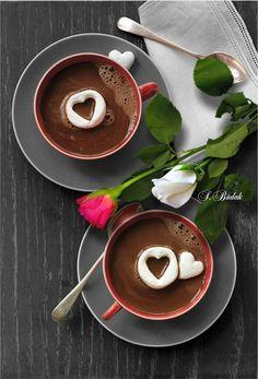 Hot chocolate's ready! Coffee Latte Art, Coffee Love, Coffee Break, Coffee Shop, Coffee Maker, Coffee Photography, Food Photography, Gif Café, Café Espresso