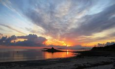 Porthloo beach on St. Mary's - a good place for a sunset