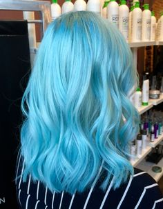 Vibrant Hair Colors, Hair Dye Colors, Hair Color Blue, Purple Hair, Thick Hair Styles Medium, Curly Hair Styles, Light Blue Hair, Rides Front, Coloured Hair