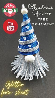 Foam Christmas Ornaments, Christmas Tree Napkin Fold, Gnome Ornaments, Christmas Gnome, Simple Christmas, Christmas Bazaar Crafts, Christmas Crafts, Lightbulb, Xmas Decorations