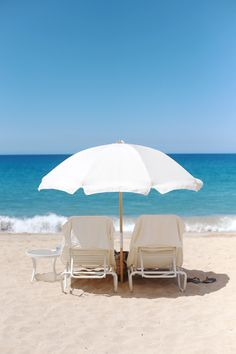 Travel Bug Tuesday: Lanai let's hang out there Surf Shack, Beach Bum, Summer Beach, Beach Relax, Beach Grass, Sand Beach, Summer Days, Surf Mar, Backpacker